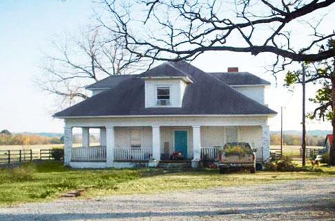 9 Звезд Кантри музыки поделились фотографиями своих домов, где росли (фото 1)