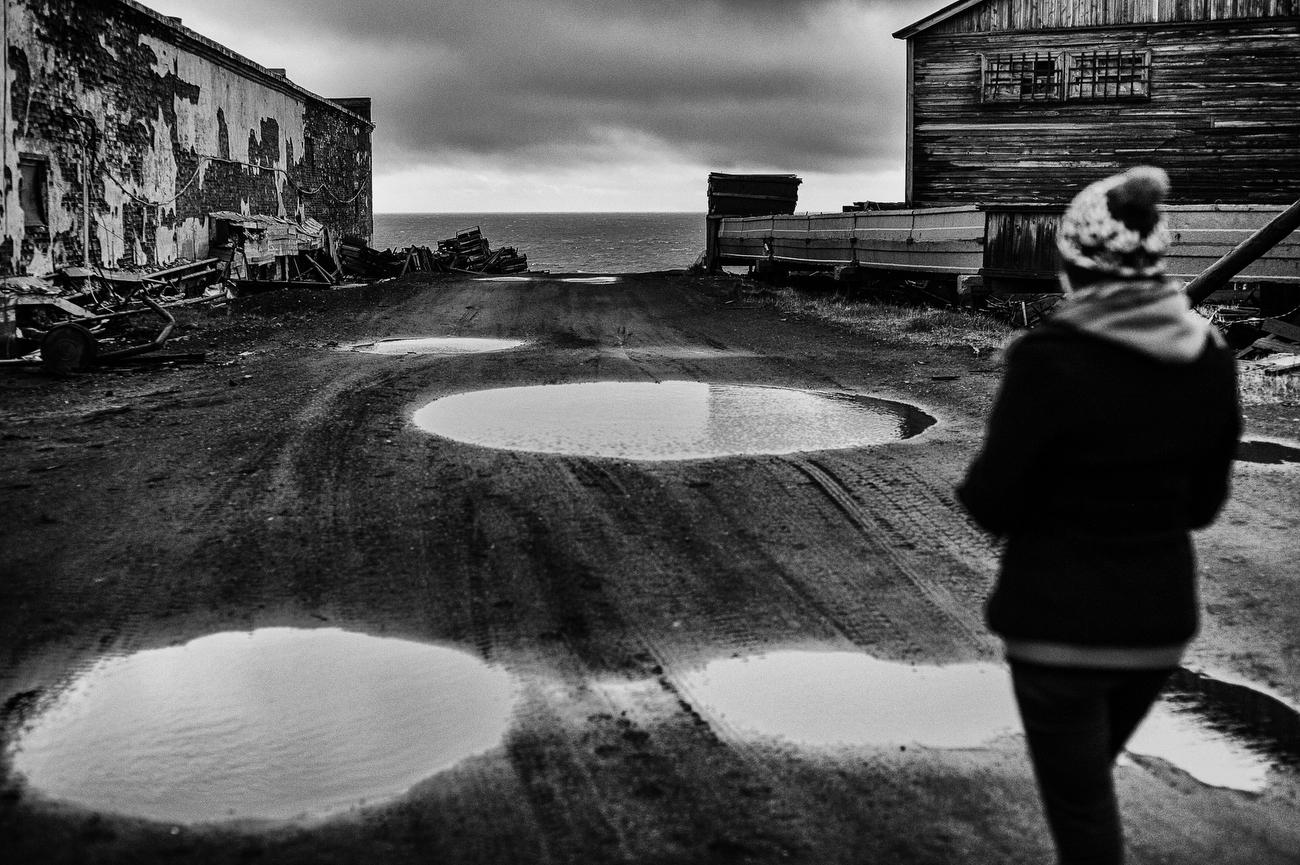 Диксон — самая северная обитаемая часть России (32 фото)