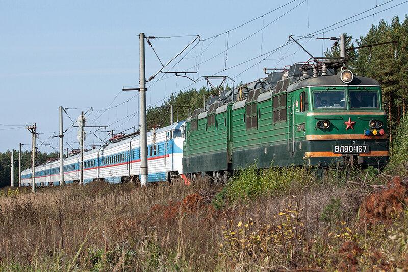 ВЛ80С-167 и ЭР200-2
