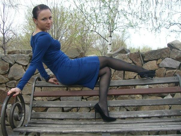 женщины в колготках и без юбок: