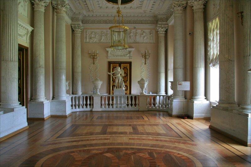 Гатчинский дворец, Мраморная столовая