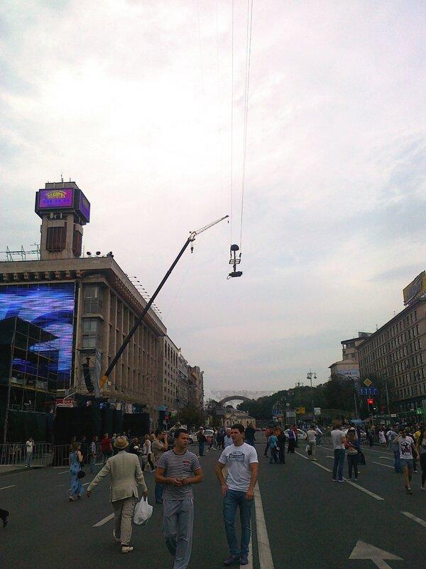 Подвесная телекамера над Майданом Незалежности