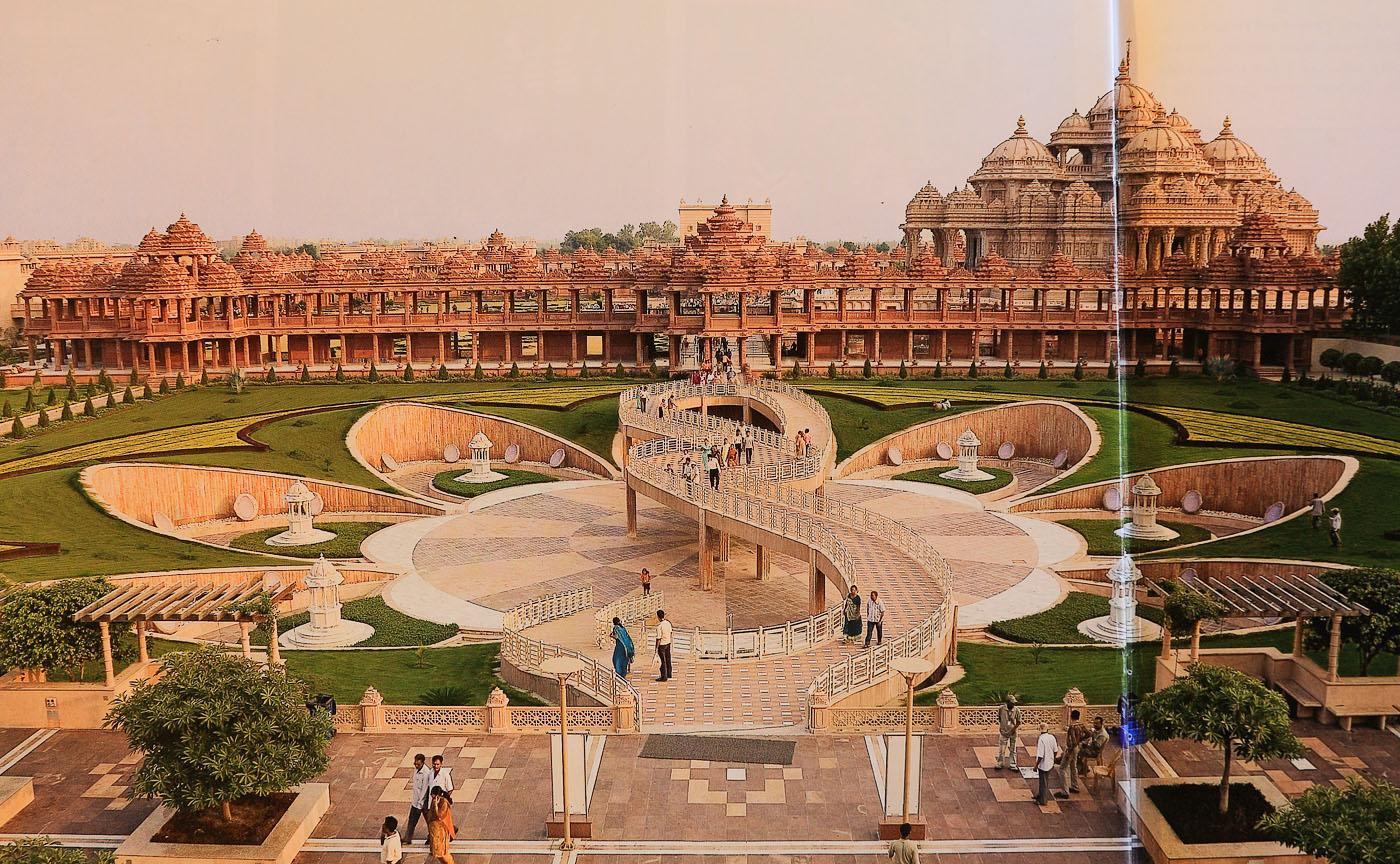 Фото 20. Храм Swaminarayan Akshardham - самый грандиозный индуистский собор в Индии. Поездка по Золотому треугольнику.