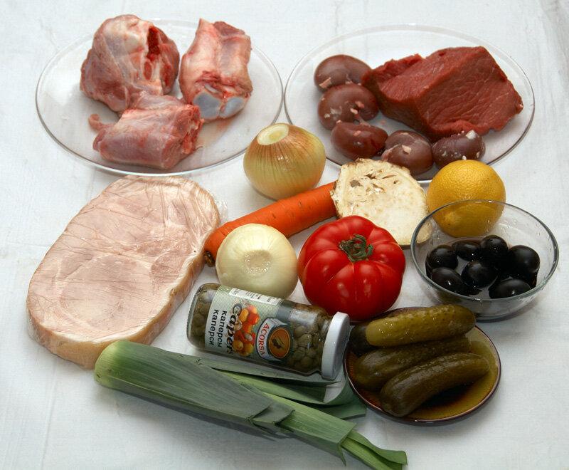 Сборная мясная солянка - не срезая углов.