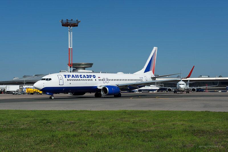 Boeing 737-86J (EI-UNK) Трансаэро D701340