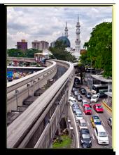 Малайзия. Куала-Лумпур. Monorail in Kuala Lumpur, Malaysia. Фото metlion - Depositphotos