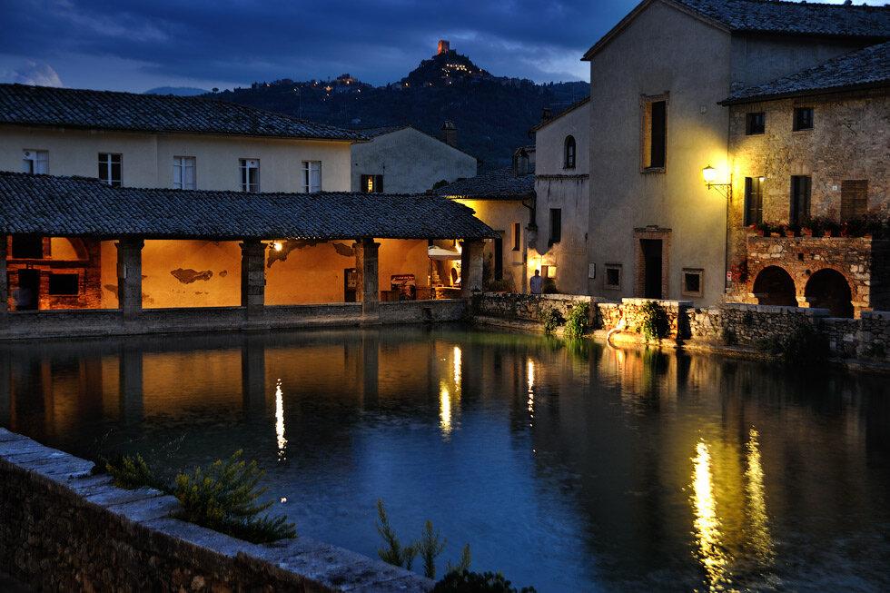 Баньо Виньони - Благословенна ночь.