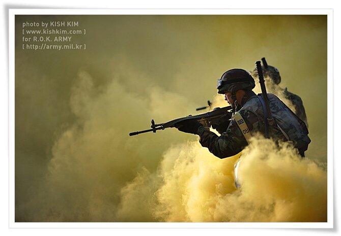 본 사진의 저작권은 김상훈 KISH [www.kishkim.com] 와 대한민국 육군에 있으며 김상훈 KISH [www.kishkim.com] 의 사전허가가 없이는 상업적 사용을 금한다. 이는 사진 원본의 부분사용이나 변형을 포함한다. 또한 별도의 조항이 없을 경우, 서면허가를 받고 1회 사용했더라도 재사용 시에는 재허가를 요한다. 이를 어길 시에는 저작권법에 의거 민, 형사상의 책임을 묻는다.Copyright. All rights reserve