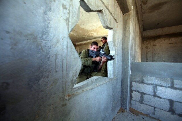 Israeli infantry soldiers during a drill