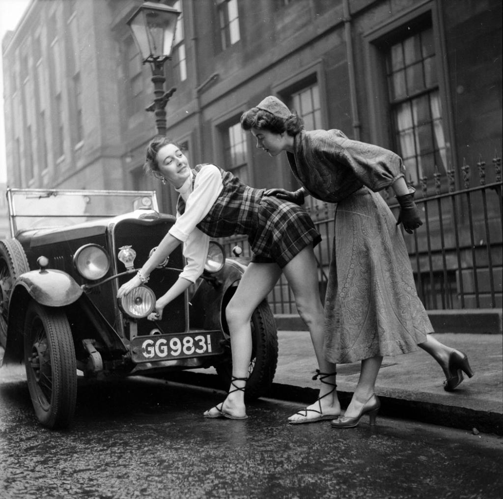 Автомобили и девушки