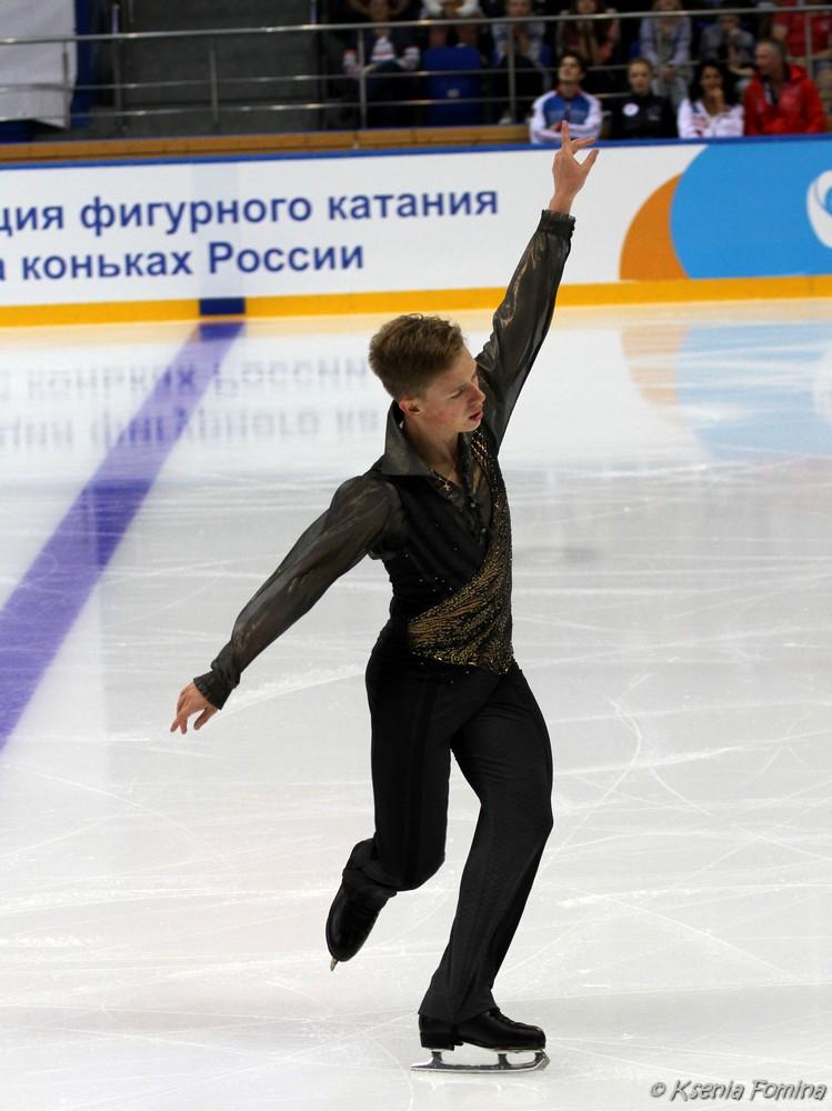 Александр Петров 0_c67b3_2d6d528c_orig