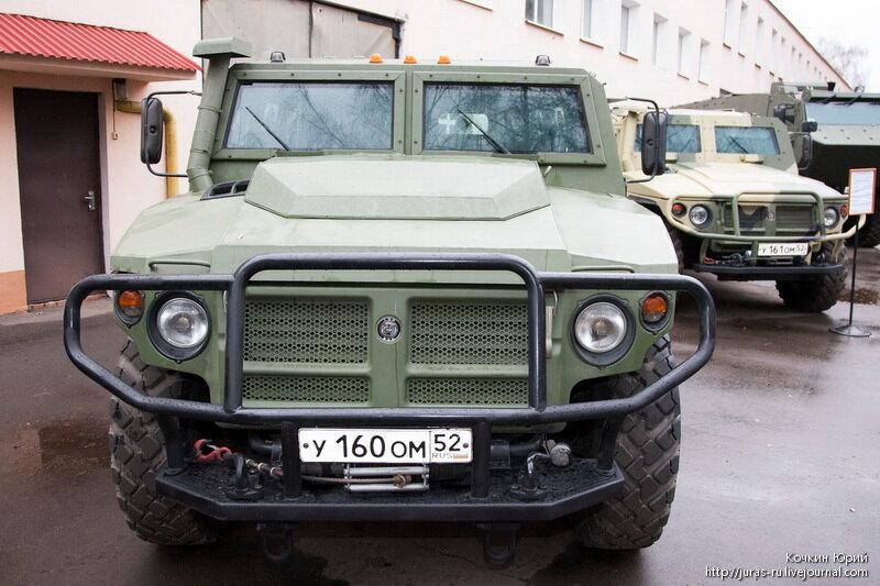 Специальная бронированная машина ВПК-233136. Технический облик военного автомобиля многоцелевого назначения XXI века