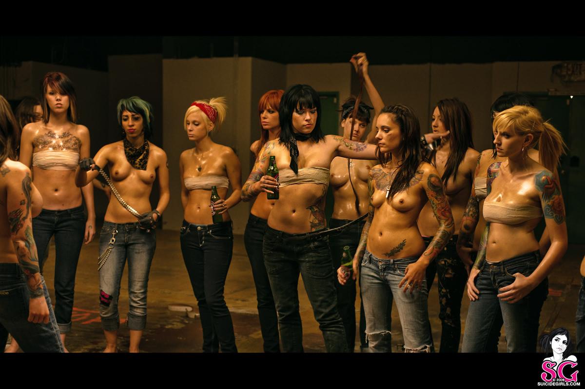 Фото голых боев девушек 19 фотография
