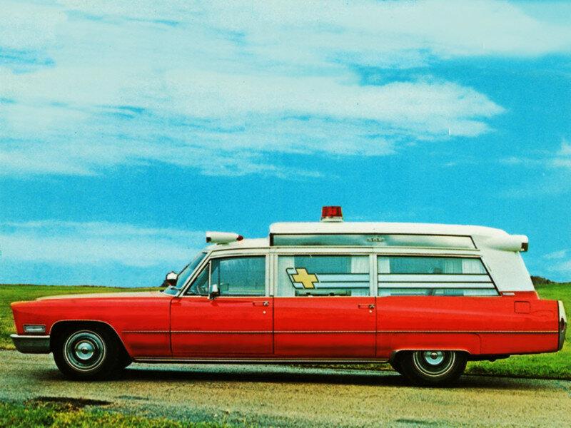 Cadillac Sayers & Scovill Kensington Ambulance (69890-Z) '1968 1.jpg
