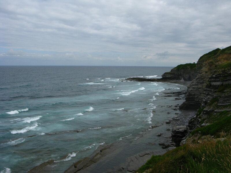 В начале пути море и небо были хмурыми и серыми...