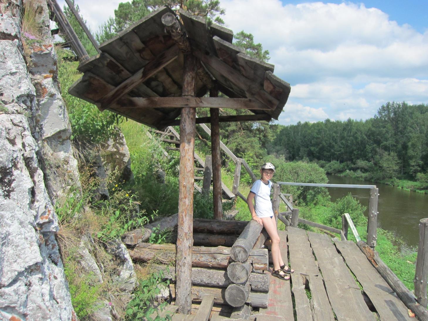 На вершине Каменского камня, среди декораций (08.07.2015)