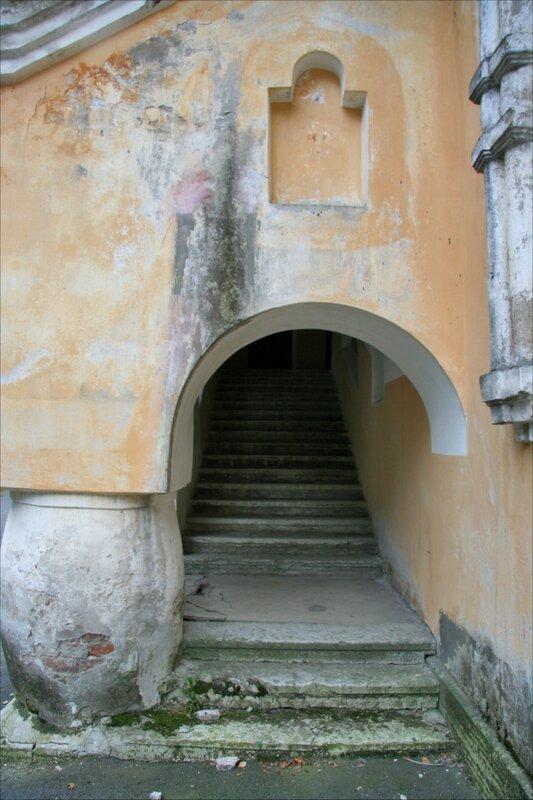 Желтая палата (Дом причетников) Федоровского городка, вход