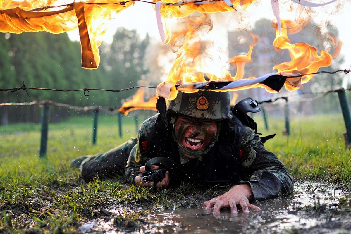 На учебном поле брани: Картинки из жизни бойцов различных спецназов (17)