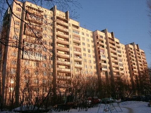 ул. Академика Константинова 12