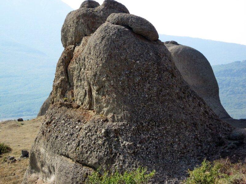 Скала в Долине Привидений