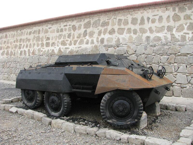 броневик M20