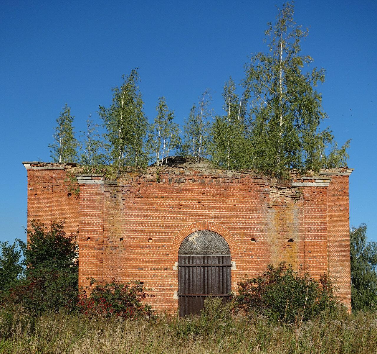заросший храм, село Богослово