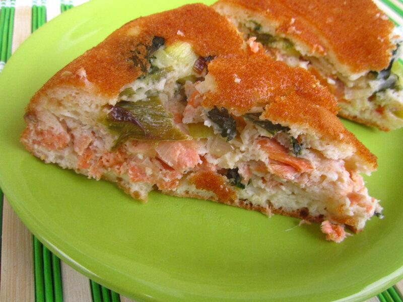 Заливной пирог с сёмгой (экспресс-вариант)