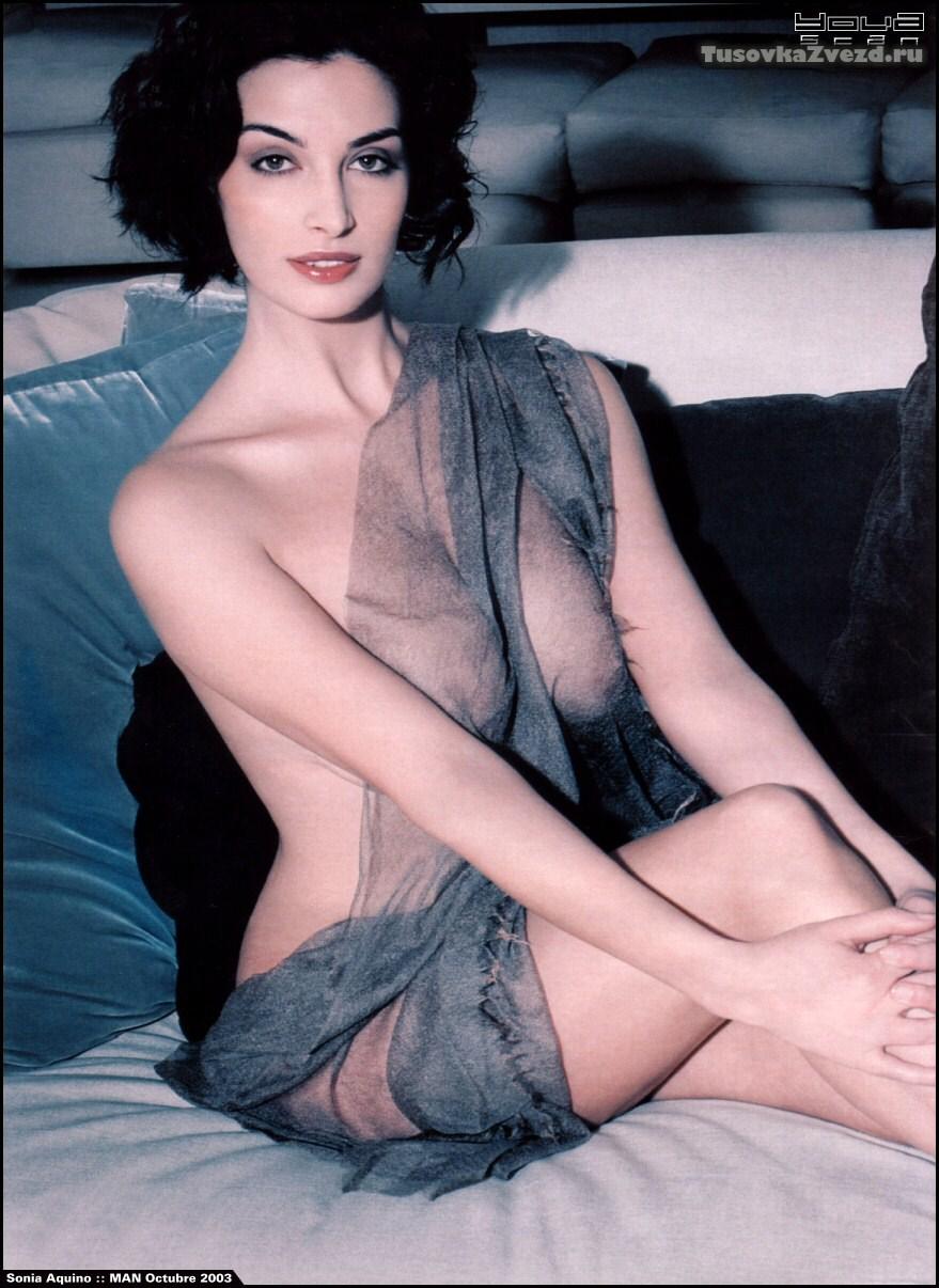 Соня Аквино (Sonia Aquino) голая, фото сессия для журнала Man Испания, октябрь 2003