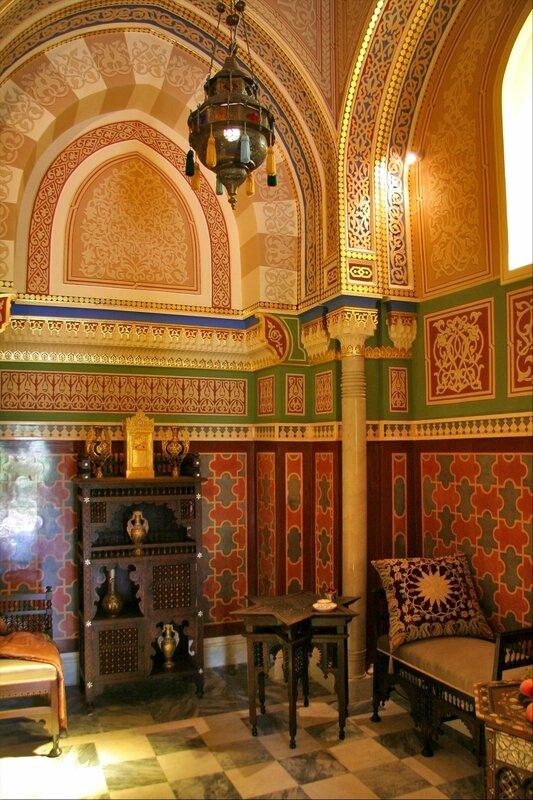 Турецкая баня в Екатерининском парке, Раздевальня