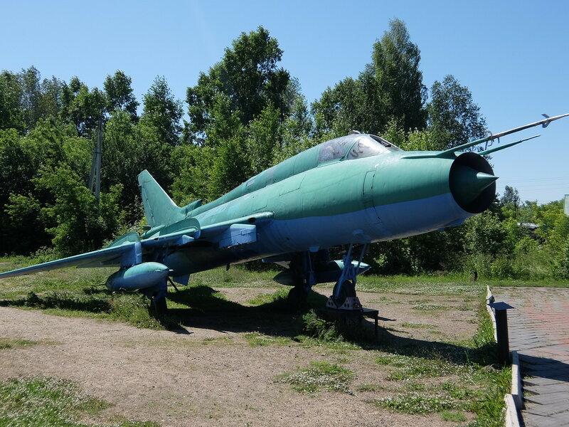 Осинники - Самолет