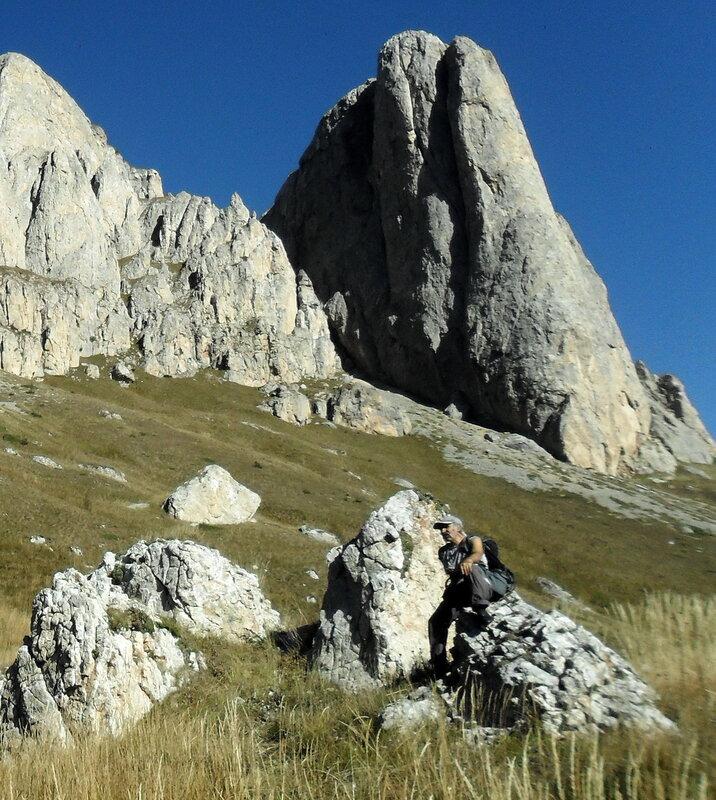 В походе, Тхач, Кавказ