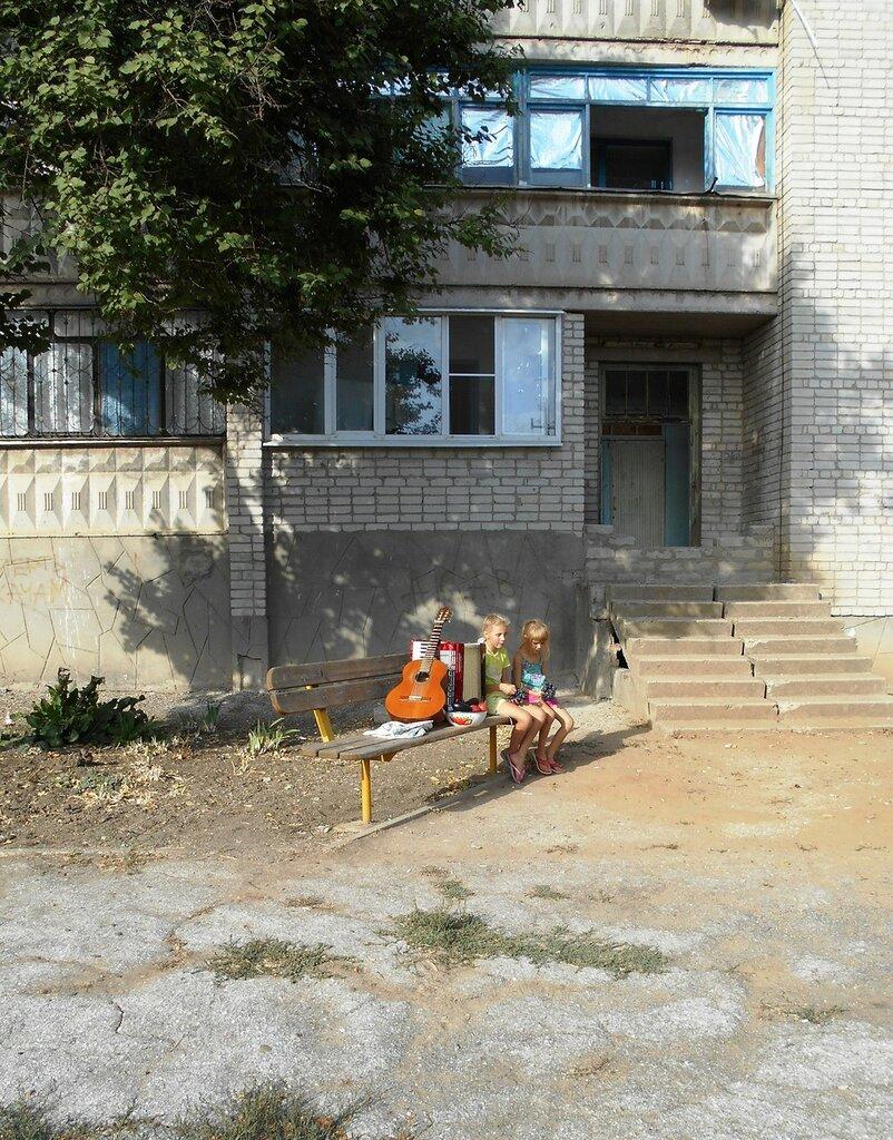 Скамейка, на солнышке ... DSCN1256.JPG