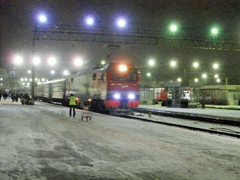 """Электровоз ЭП2К с поездом № 56 """"Енисей"""""""