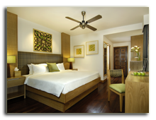 Малайзия. Лангкави. BerjayaLangkawi_Rainforest_Chalet_-_Room_Interior