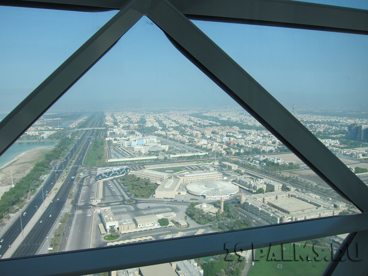 ОАЭ. Абу Даби. Hyatt Capital Gate, Abu Dhabi