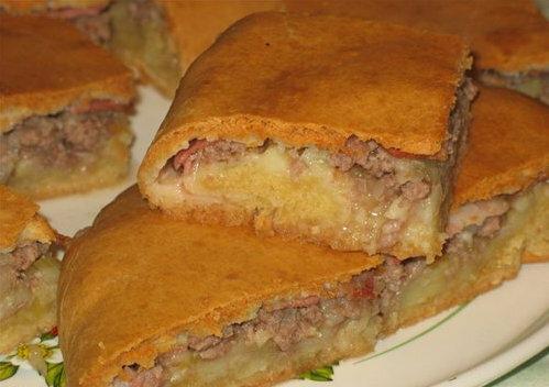 Пирог с мясом и картофелем в духовке пошаговый