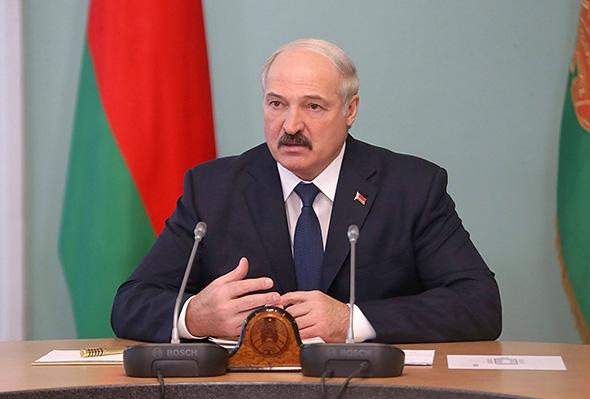 Лукашенко считает, что депутаты назначат выборы на 11 октября