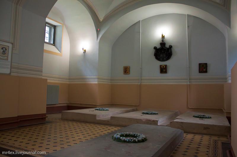 Усыпальница Святополк-Мирских