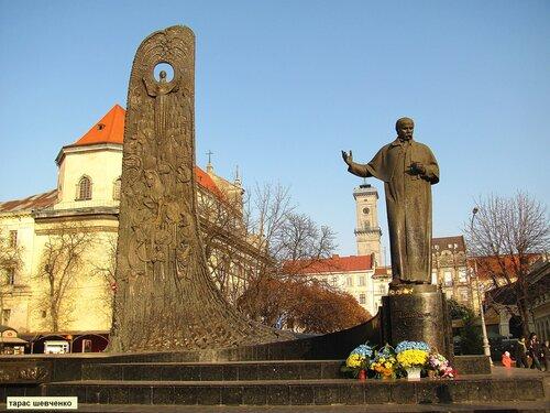 памятник Тарасу Шевченко во Львове