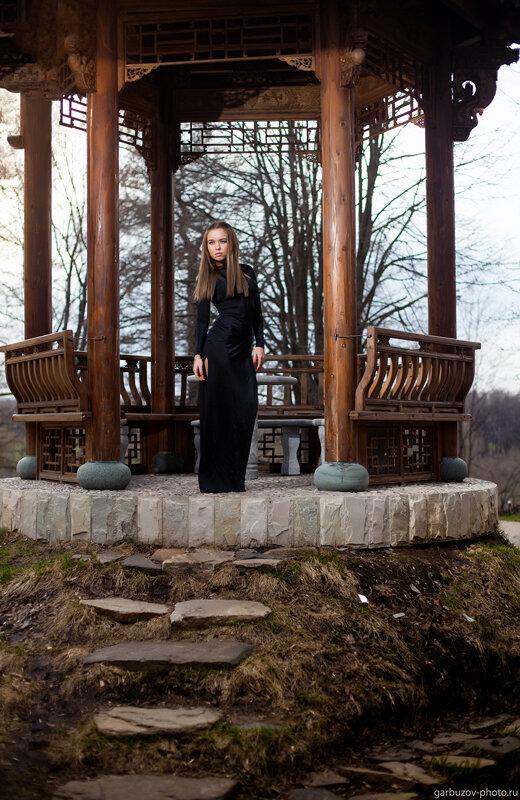 Катя в Золотом Городе. Фотограф Илья Гарбузов.