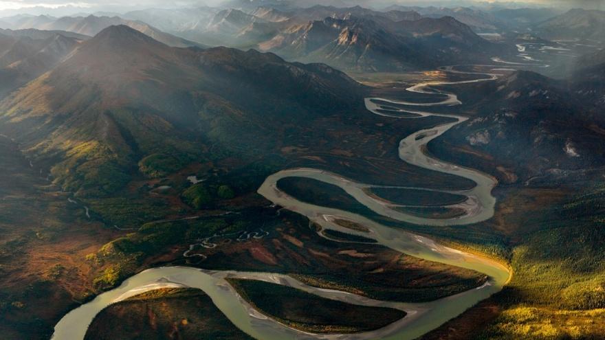 Реку Алатну называют одной из самых красивых рек Соединенных Штатов. Река берет начало от хребта Бру