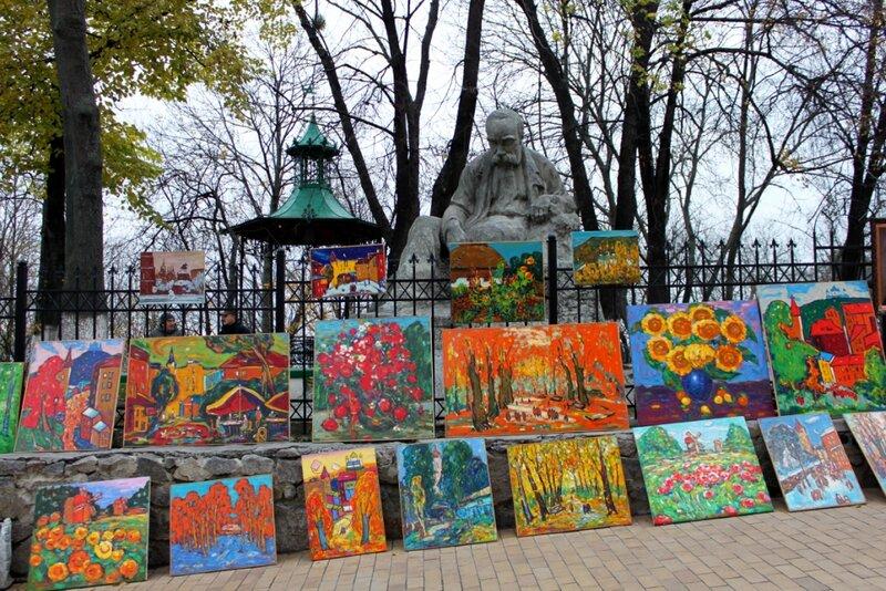 Выставка-продажа живописи на Андреевском спуске