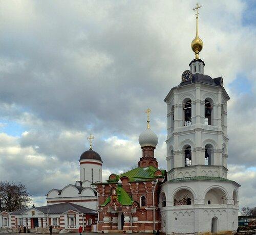 Храмы Николо-Пешношского монастыря в Дмитрове