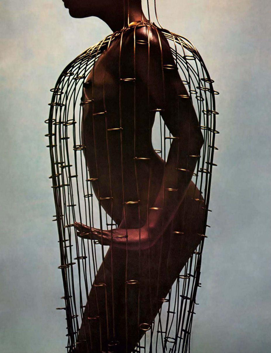фотограф Guy Bourdin / Эротика в Vogue, Россия спецвыпуск ноябрь 2012