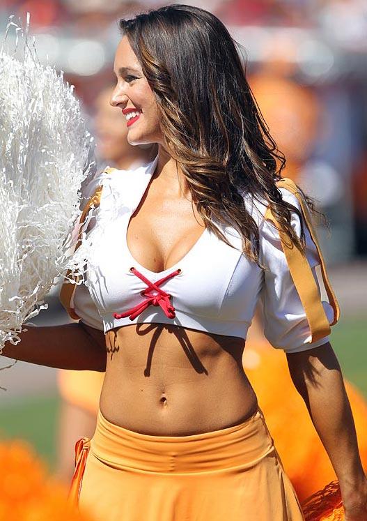 Tampa Bay Buccaneers - cheerleaders nfl october 2012 / девушки из групп поддержки в американском футболе