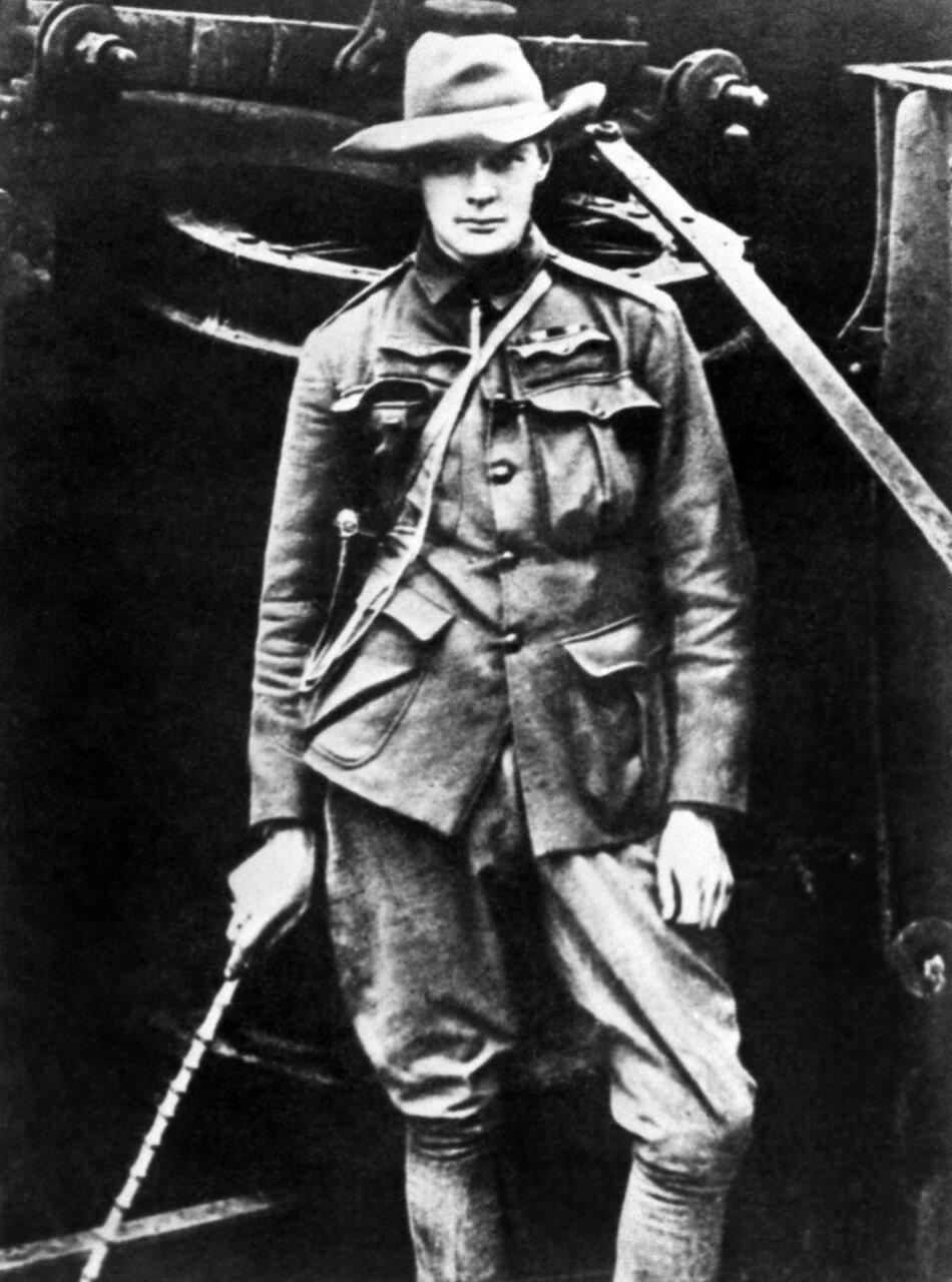 1899. Уинстон Черчилль в качестве военного корреспондента ««Морнинг пост» во время англо-бурской войны в Южной Африке