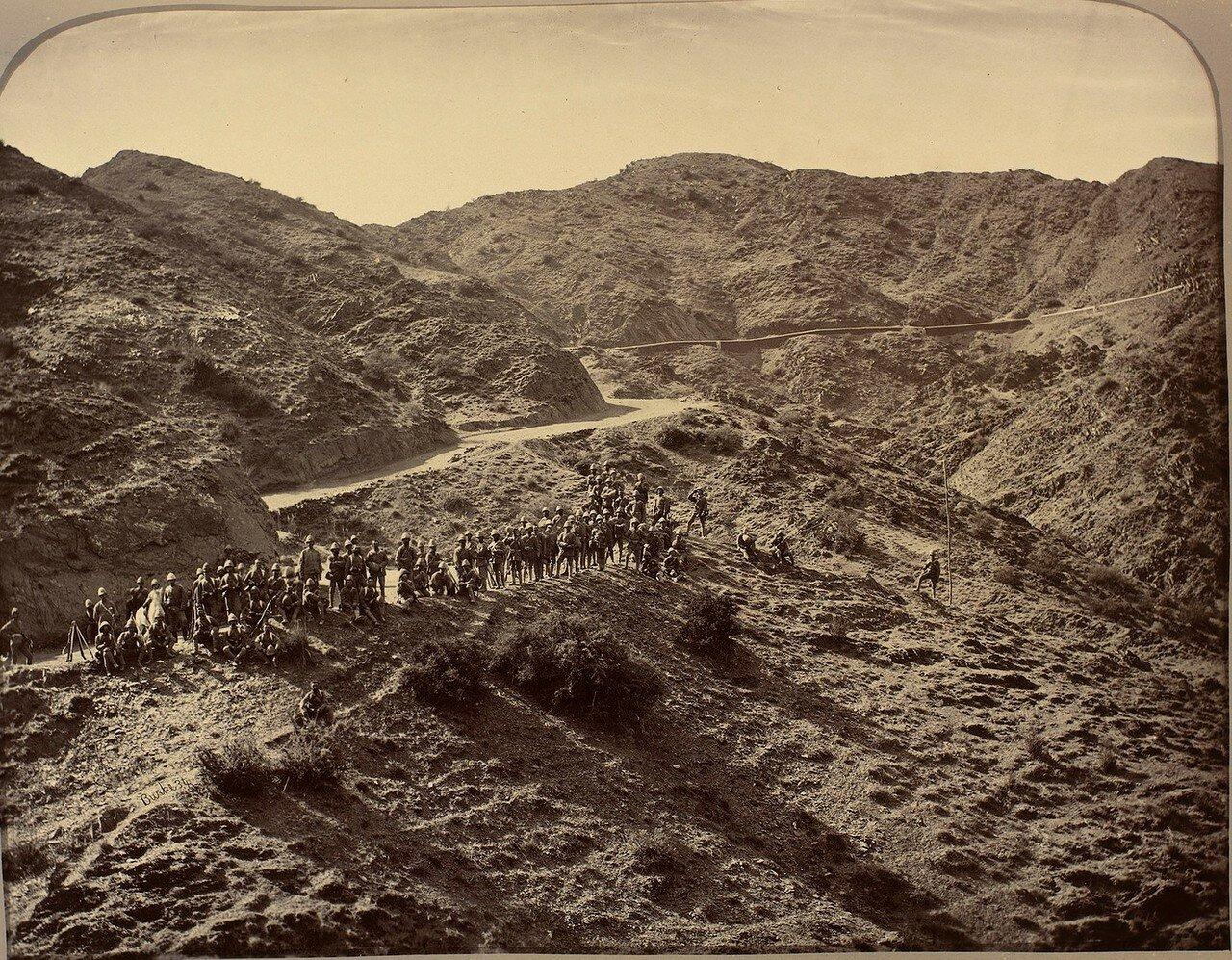14. Полевая армия долины Пешавар переходит Хайберский проход