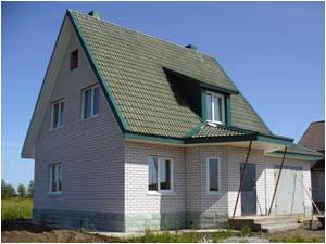дом, облицованный силикатным кирпичом.