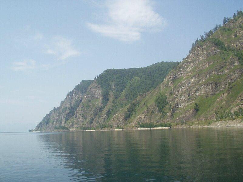 Красивый Байкальский берег