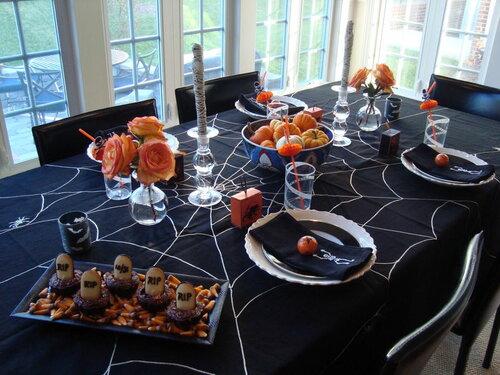 Хэллоуин, 31 октября, Halloween, All Hallows' Eve, All Saints' Eve, тыквы на Хэллоуин, декор для дома на Хэллоуин, украшения на Хэллоуин, декорирование праздничного стола, сервировка на Хэллоуин, как украсить стол на Хэллоуин, варианты декора для праздничного стола, шикарные праздничные украшения на Хэллоуин, монстры на Хэллоуин, привидения для интерьера, декор стола на Хэллоуин, оформление стола монстрами, привидения, тыквы, летучие мыши, зомби, страшилки, своими руками, идеи оформления стола на Хэллоуин, скелеты, Хэллоуин в интерьере, Декор для дома на Хэллоуин своими руками, еда, застолье на Хэллоуин, Сервировка стола на Хэллоуин